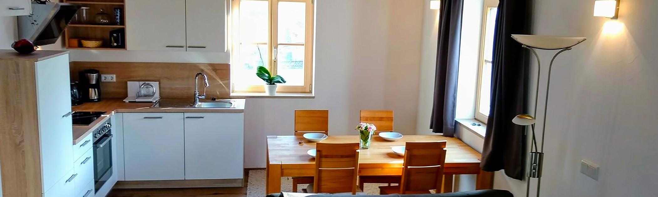 Küche (Ferienwohnung zur Einthaler-Klamm)